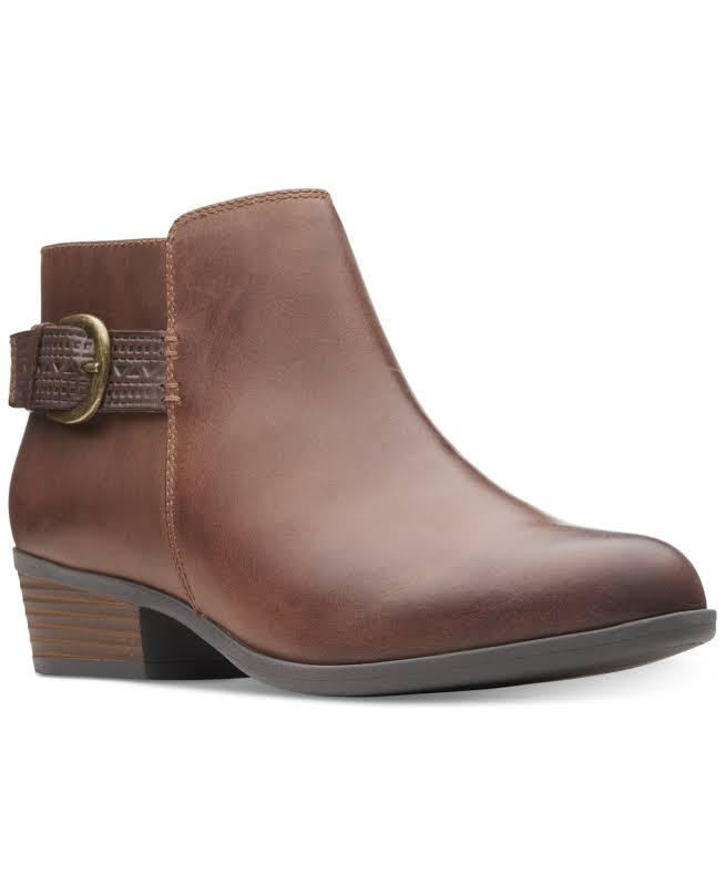 Clarks Addiy Kara Leather Almond Toe Ankle Fashion, Tan Leather,
