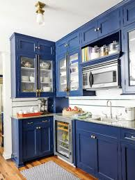 How To Clean Kitchen Cabinet Doors Cleaning Kitchen Cabinets With Baking Soda How To Clean Wood