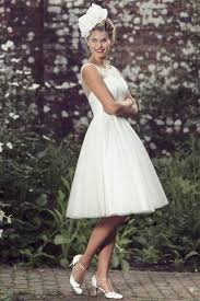 172 best wedding gowns images on pinterest wedding gowns