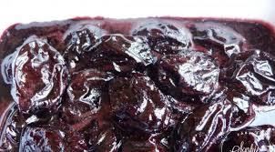 cuisiner les pruneaux pruneaux confits au sirop de vin épicé la tendresse en cuisine