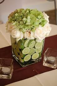 White Roses Centerpiece by Best 25 Green Hydrangea Centerpieces Ideas On Pinterest Green