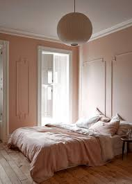 r novation chambre coucher warm minimalism in a architect s own townhouse