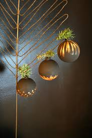 somewhat handcrafted ornaments 17 ways