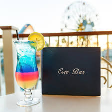 alcoholic drinks at a bar the 5 best cocktail bars at disneyland resort