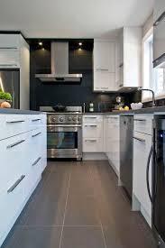 cuisine carrelage gris les 32 meilleures images du tableau carrelage cuisine sur avec