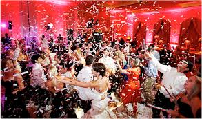 party confetti wedding confetti poppers shooters wedding streamers