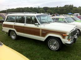 white jeep 2014 file 1986 jeep grand wagoneer white k mason dixon dragway 2014 jpg