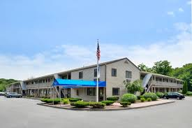 Comfort Inn Groton Ct Rodeway Inn Groton Ct Booking Com