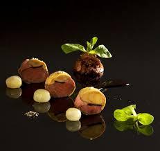 cuisiner pigeon suprême de pigeon au foie gras chutney de figues réduction de