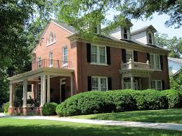 beautiful red brick colonial love the look of brick houses