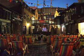 Backyard Movie Theatre by Best Movie Theaters In London The 5 Most Unusual Experiences