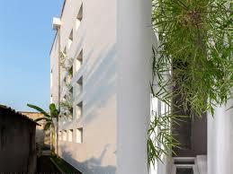 narrow house inhabitat green design innovation architecture