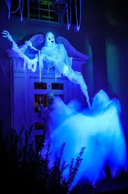 Outdoor Halloween Decorations Ghosts by 58 Best Ghosts Images On Pinterest Halloween Stuff Halloween