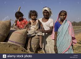 tribal family closeup gond tribe gadchiroli maharashtra india