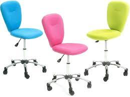 chaise de bureau enfant but bureau enfant affordable simple fauteuil with