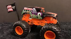 wheels monster jam grave digger truck 2017 wheels monster jam grave digger orange review youtube