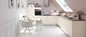 couleur magnolia cuisine cuisine couleur magnolia best une cuisine moderne en blanc bois et