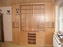 Wohnzimmertisch Versch Ern Hausdekorationen Und Modernen Möbeln Kleines Wohnzimmer Rustikal