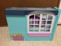 2007 barbie doll my house playset fold up dollhouse kitchen