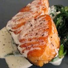 cuisiner saumon congelé pavé de saumon à la crème d ail et parmesan seafood