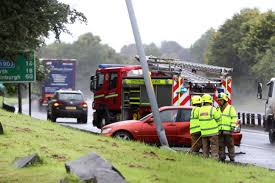 lexus service perth delays on a90 near dundee after lexus crashes into lamppost