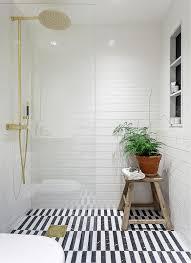 Black Bathroom Floor Tiles Comment Aménager Une Salle De Bain Dans Le Sous Sol Tile Ideas