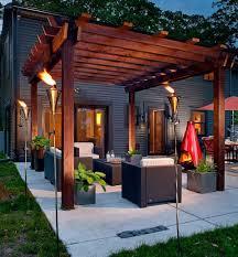 Modern Landscaping Ideas For Backyard by Best 25 Modern Pergola Ideas On Pinterest Pergolas