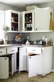 paint kitchen cabinets white how i painted my kitchen cabinets without removing the doors