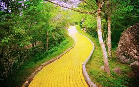 land of oz u0027 theme park in nc opening for limited time next month