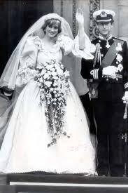 s wedding dress princess diana s wedding dress had a secret back up dress