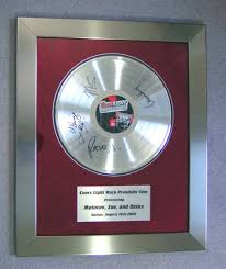 personalized record album gold records custom made manufacturer of commemorative awards