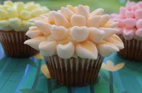 cupcake flowers marshmallow flower cupcakes recipe goodtoknow