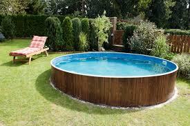der eigene swimmingpool badespass im garten