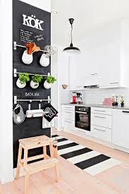 tableau noir cuisine 10 idées de tableau noir dans sa cuisine mes petites puces