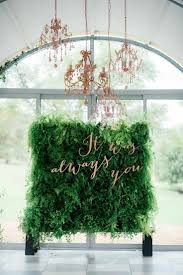 Wall Flower Decor by Best 20 Flower Wall Ideas On Pinterest Flower Wall Wedding