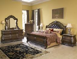 King Size Bedroom Furniture With Marble Tops Buy Birkhaven King Sleigh Bed By Pulaski From Www Mmfurniture Com
