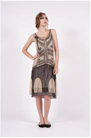 to choose the best vintage style dress for the new year party