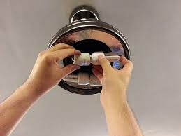 Light Bulb For Ceiling Fan How To Change Light Bulb Ceiling Fan Integralbook Fans With Bulbs