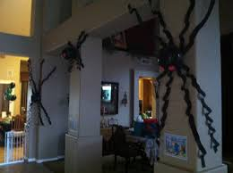 spider balloon decorations black balloons and black crepe paper