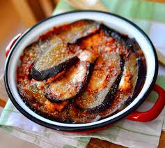 cuisiner des aubergines gratin d aubergines tomates mozza façon lasagnes envie de bien