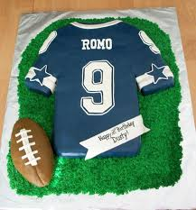 best 25 dallas cowboys cake ideas on pinterest dallas cowboys
