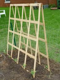 harvesting hart diy folding trellis garden pinterest