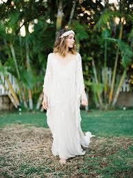Hawaiian Wedding Dresses Tropical Hawaiian Wedding Editorial With Bold Blue Ruffled