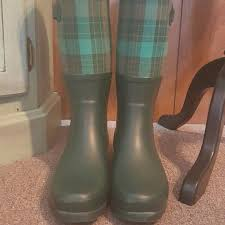 s green ugg boots 57 ugg shoes size 8 ugg green plaid boots from