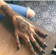 the prettiest henna tattoos on livingly