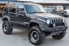 black 2005 jeep liberty this jeep has it all fully loaded and packed with high quality