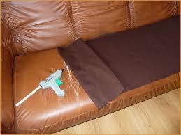 réparation canapé réparer canapé cuir déchiré intelligemment les 25 meilleures idées