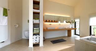 badezimmer einbauschrank entspannung freiraum im bad