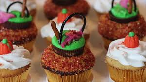 how to make witches cauldron cupcakes easy halloween recipe for