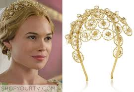 reign tv show hair styles greer celina sinden wears this entwined gold dipped brass